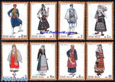 Costumes 8v