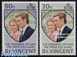 Anne wedding 2v